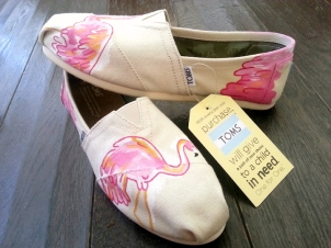 Lilly Pulitzer Flamingos TOMS