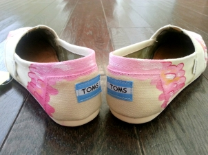 Lilly Pulitzer Flamingo TOMS
