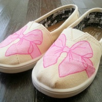 Bow TOMS