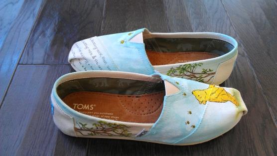 Winnie the Pooh TOMS