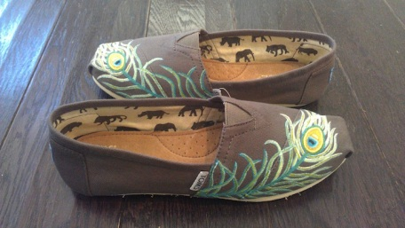 Peacock Feather TOMS