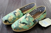 Camouflage TOMS